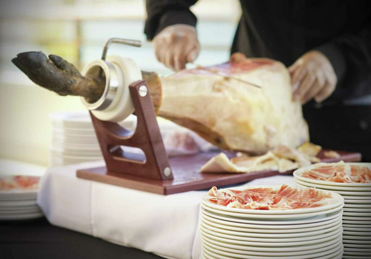 It won't be until the spring that Acornseekers' first crop of jamón ibérico will be ready. This is how jamón ibérico traditionally is served in restaurants in Spain.