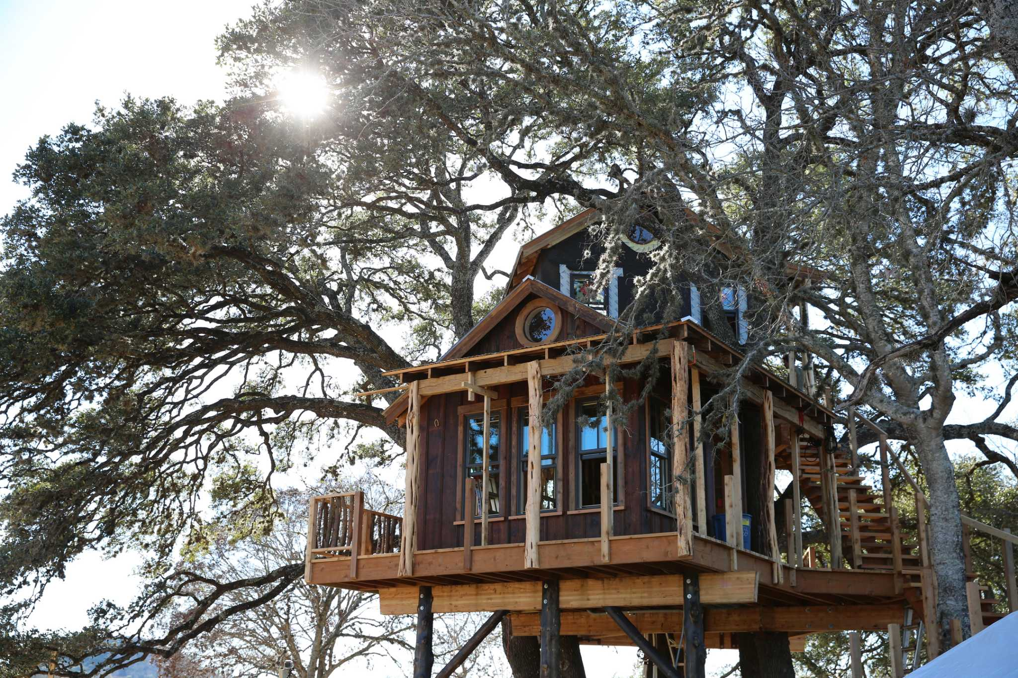 TV Tonight: 'Treehouse Masters' Builds Hill Country