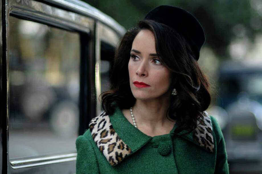 'Grey's Anatomy:' Abigail Spencer replaces Bridget Regan as Owen's sister