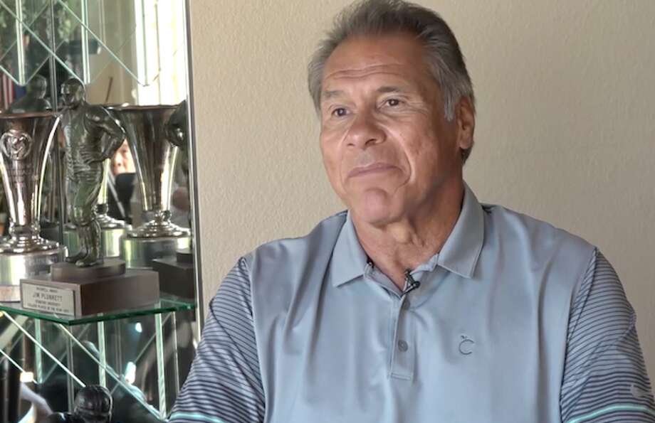 The 69-year-old Jim Plunkett, who led the Oakland Raiders to Super Bowls in 1981 and 1984, said that he experiences a lot of pain after playing in the NFL for 15 years.