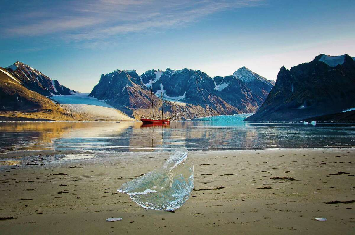Sailing ship 'Het Noorderlicht' in the Magdalens Fjord in the Svalbard Islands of Norway