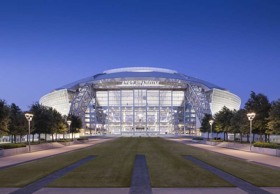 AT&T Stadium1 AT&T Wayattstadium.com  Football season begins in a few weeks, but this modern stadium i Photo: Blake Marvin