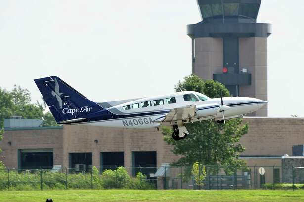 A Cape Air Cessna 402C takes off from Albany International Airport Friday August 4, 2017 in Colonie, NY.  (John Carl D'Annibale / Times Union)