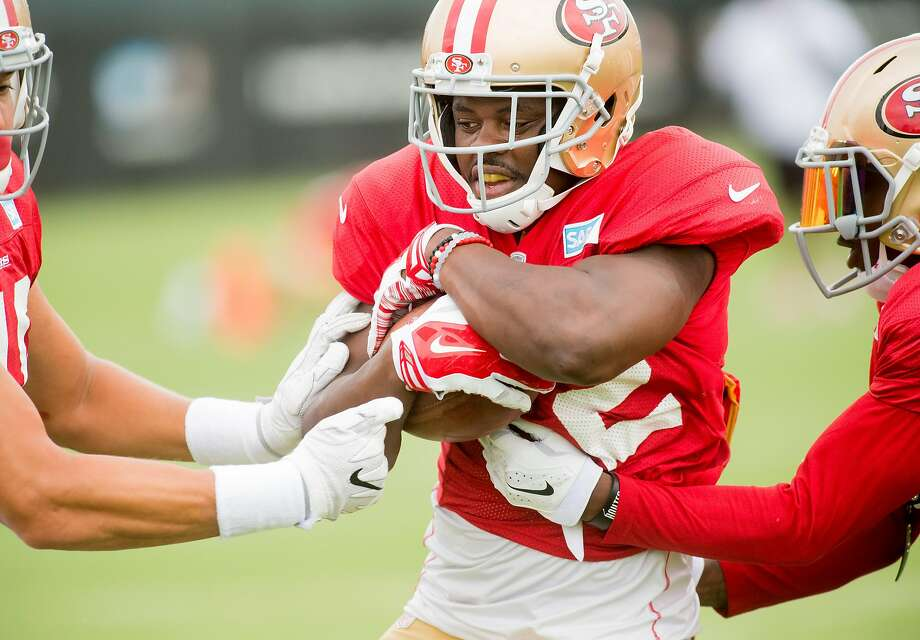 Joe Williams practices with 49ers teammates in Santa Clara, Calif., on Friday, Aug. 4, 2017. Photo: Noah Berger, Special To The Chronicle