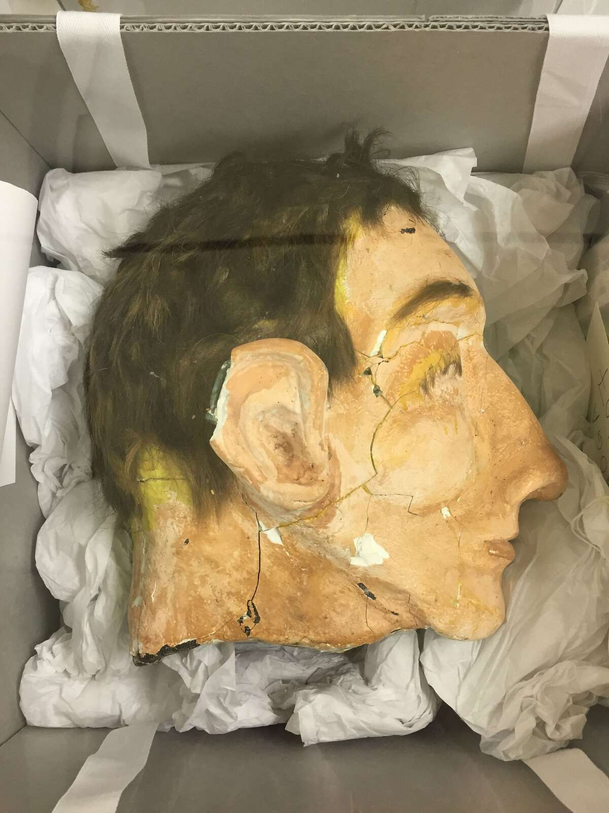 Officials from the FBI and National Park Service are 3-D scanning the decoy heads used during the infamous 1962 Alcatraz escape. Replicas will be used for educational purposes and public display.