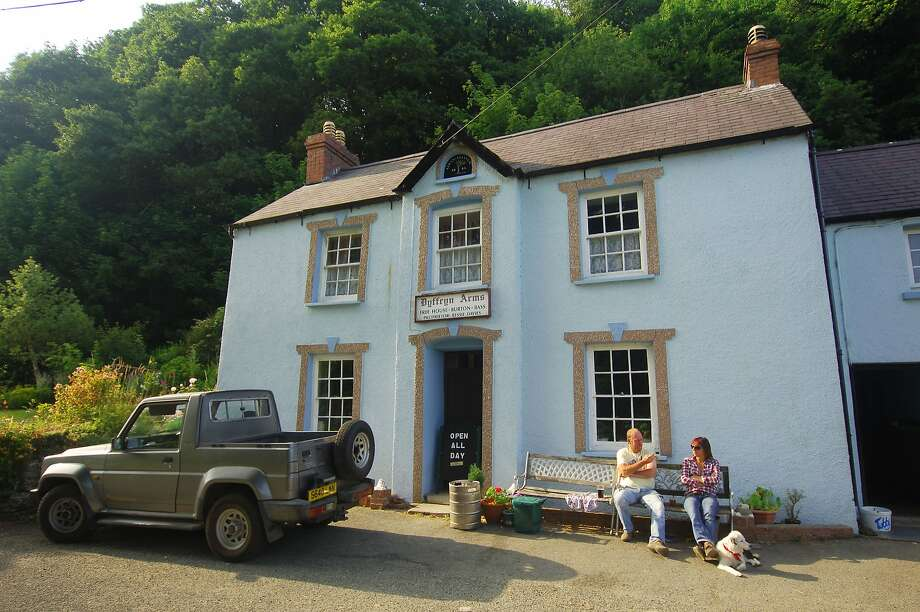 """The Dryffyn Arms pub, better known as """"Bessie's."""" Photo: Visit Pembrokeshire"""
