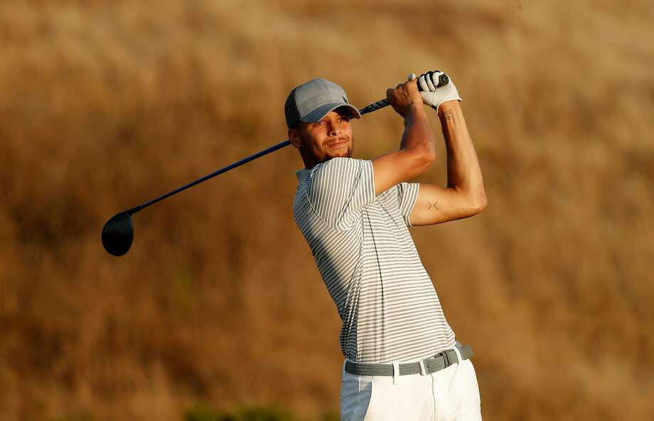 Stephen Curry drives on the 17th hole during the second round of the Ellie Mae Classic golf tournament at TPC Stonebrae in Hayward, Ca., on Fri. August 4, 2017. Curry finished the day at 8 over par for the tournament. Photo: Michael Macor / The Chronicle