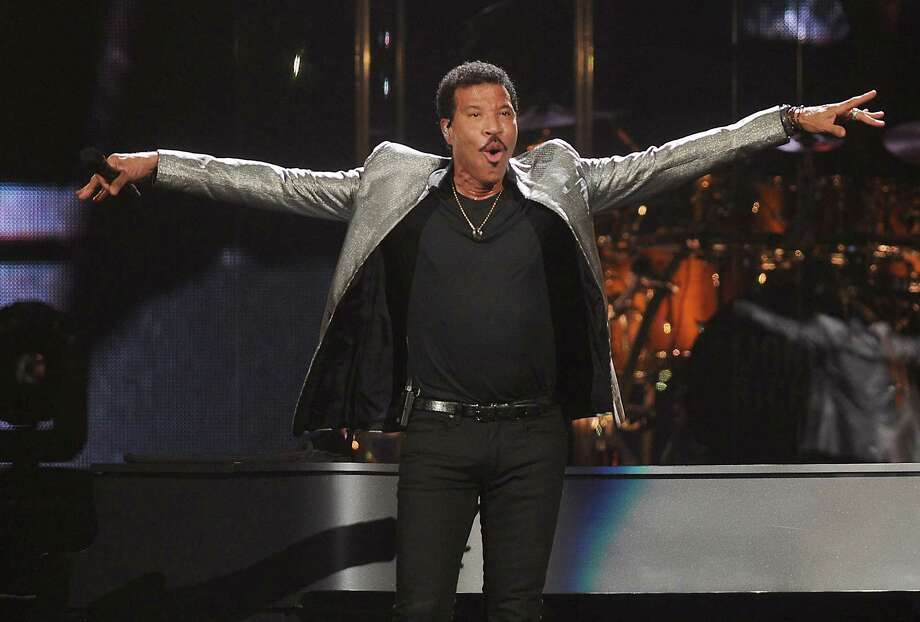 Lionel Richie performs during at the Toyota Center Friday August 4, 2017.(Dave Rossman Photo) Photo: Dave Rossman, For The Chronicle / Dave Rossman