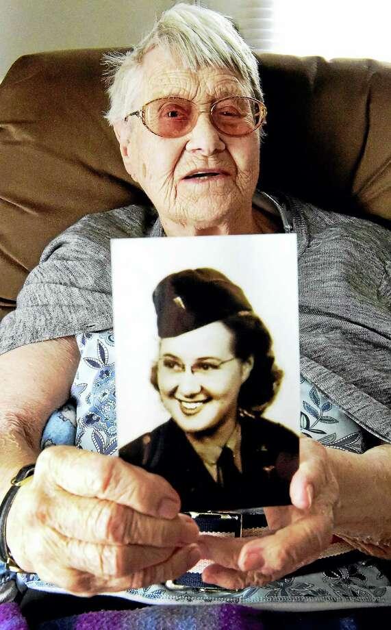 """Retired nurse Antoinette """"Toni"""" Coleman, now 96, in her Branford home. Photo: Peter Hvizdak / Hearst Connecticut Media / Peter Hvizdak"""
