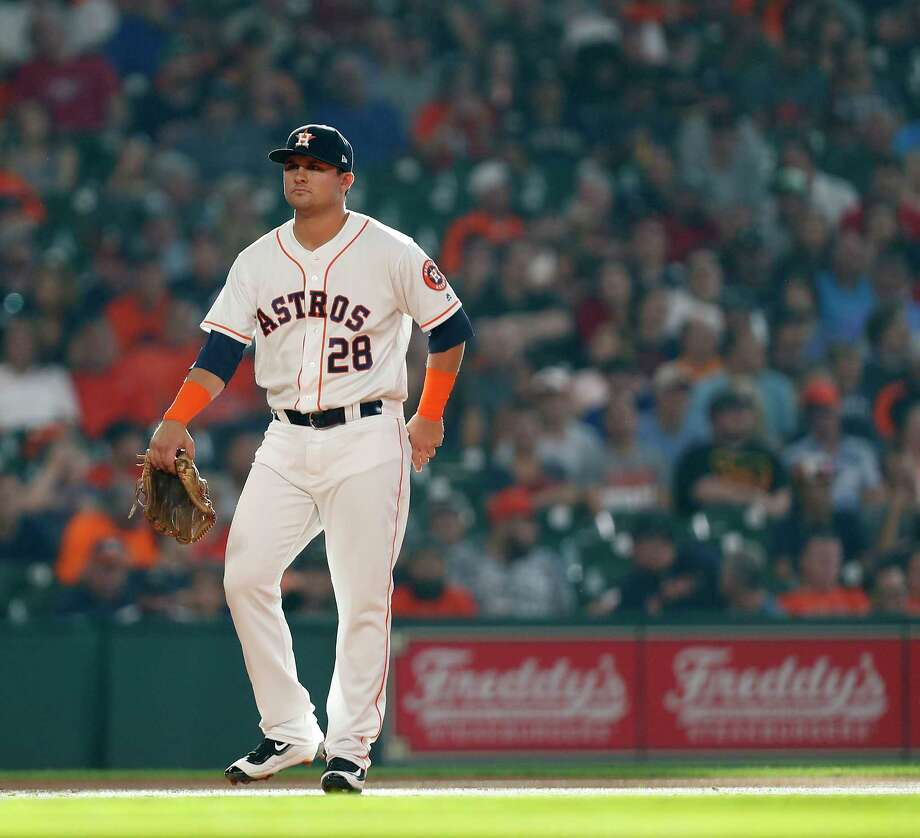 Houston Astros third baseman J.D. Davis (28) during the first inning of an MLB game at Minute Maid Park, Saturday, Aug. 5, 2017, in Houston. Photo: Karen Warren, Houston Chronicle / @ 2017 Houston Chronicle