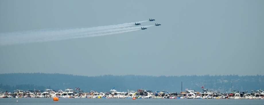 The U.S. Navy Blue Angels will be performing this weekend. Here's how that will affect I-90. Photo: Cliff DesPeaux