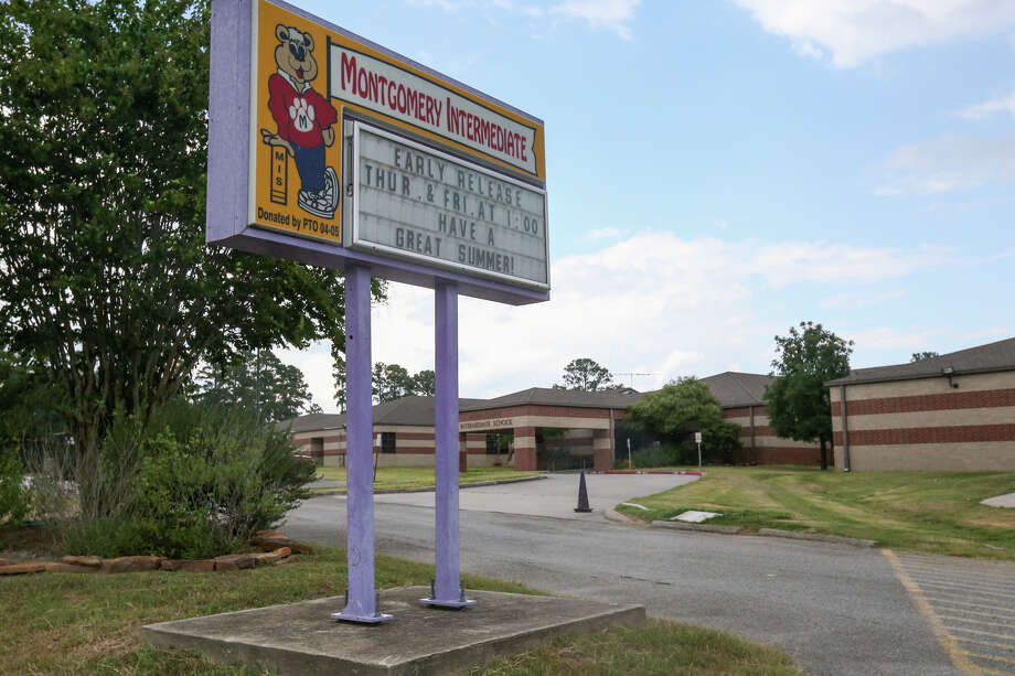 Lincoln Elementary School, which is being remodeled from Montgomery Intermediate School, is pictured on Saturday in Montgomery. The elementary school will not be opening on Aug. 22 as planned due to a budget shortfall. Photo: Michael Minasi, Staff Photographer / © 2017 Houston Chronicle