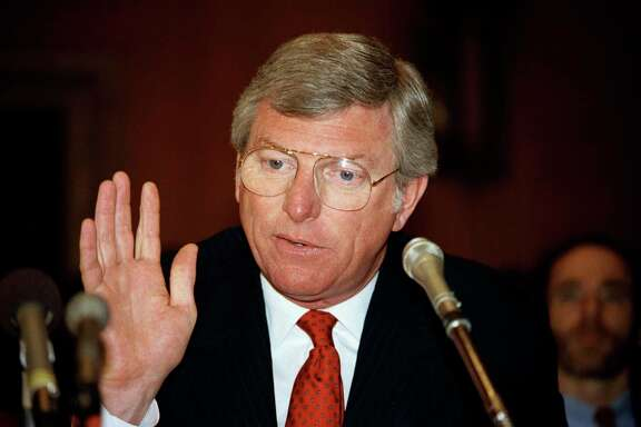 Gov. Mark White appears in 1985  before the U.S. Senate Committee on Environment and Public Works.