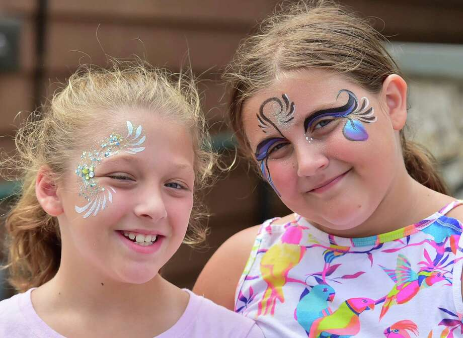 (Peter Hvizdak / Hearst Connecticut Media) Milford Connecticut: August 6, 2017.  The Walnut Beach Association's 19th Annual Walnut Beach Arts & Crafts Festival Sunday in Milford. Photo: Peter Hvizdak, Hearst Connecticut Media / New Haven Register