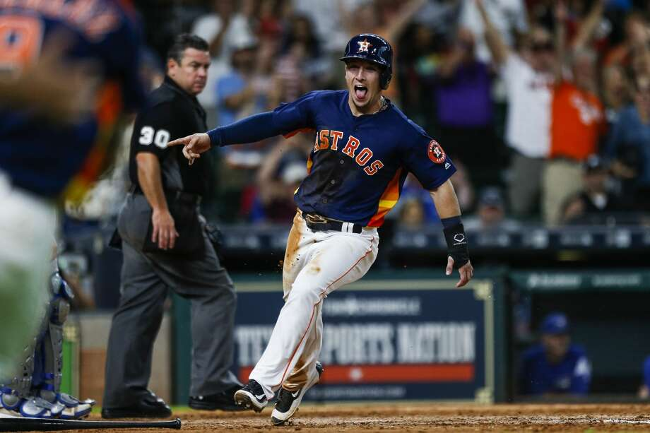 Astros third baseman Alex Bregman will take a streak of eight consecutive games with an extra-base hit into this week's series against the White Sox. Photo: Michael Ciaglo/Houston Chronicle