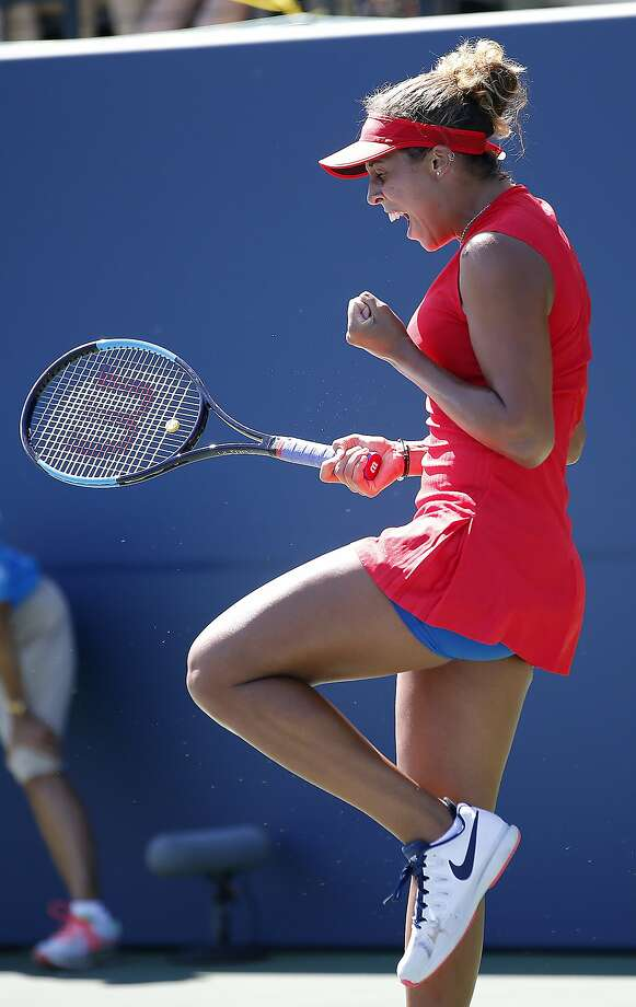 Madison Keys, of the United States, celebrates after defeating Coco Vandeweghe, of the United States, during the finals of the Bank of the West Classic tennis tournament in Stanford, Calif., Sunday, Aug. 6, 2017. (AP Photo/Tony Avelar) Photo: Tony Avelar, Associated Press