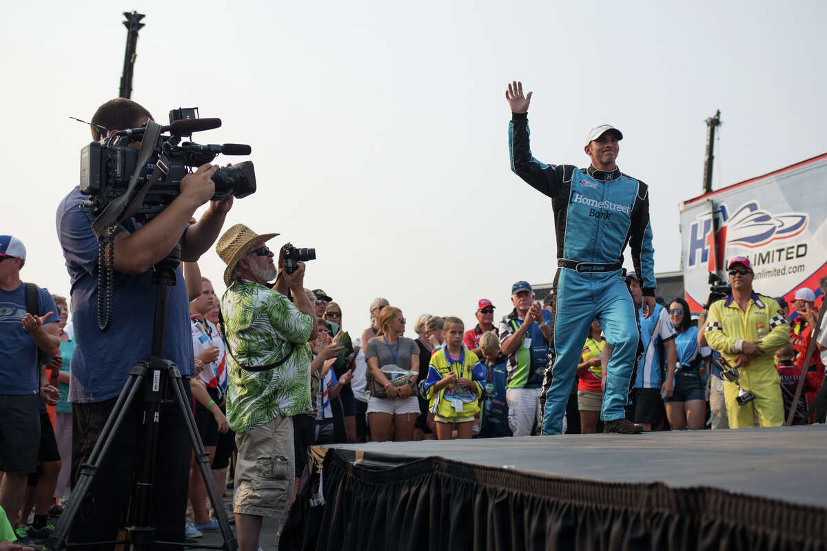 Jimmy Shane comes on stage to accept his trophy following the final heat of the Albert Lee Appliance Cup on the last day of Seafair, Sunday, Aug. 6, 2017.