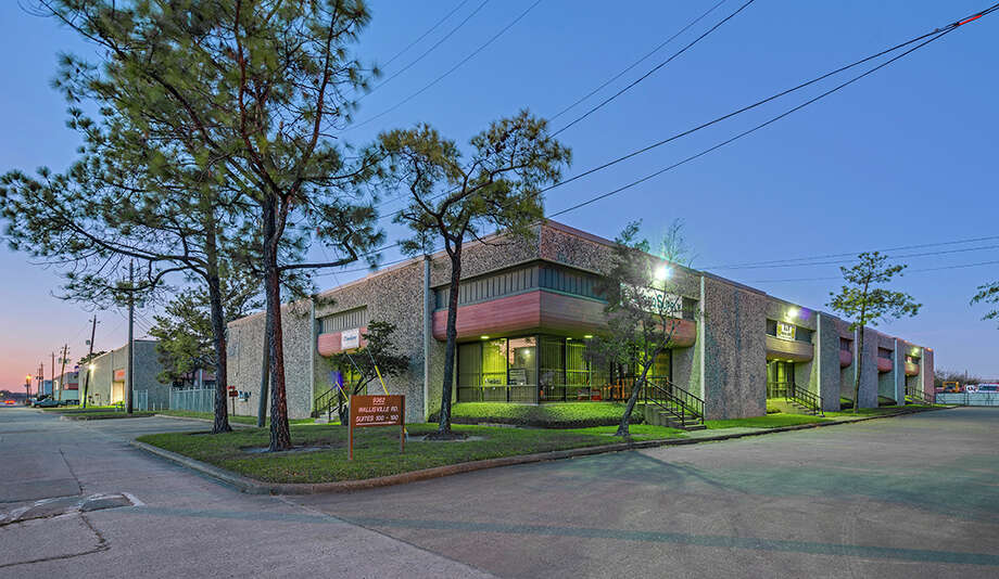 Dallas-based ATCAP Partners has purchased two industrial warehouses buildings at 9362 and 9366 Wallisville Road on 4 acres in northeast in northeast Houston. HFF represented the seller, TA Realty. Photo: HFF / Richard Burger
