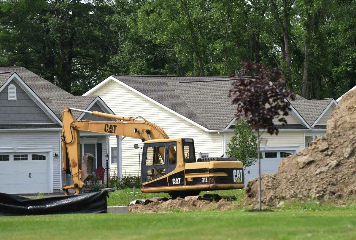 New homes are constructed at the Saratoga Pointe, a new development on Route 423 near Saratoga Lake on Friday, July 28, 2017, in Stillwater, N.Y. (Will Waldron/Times Union)