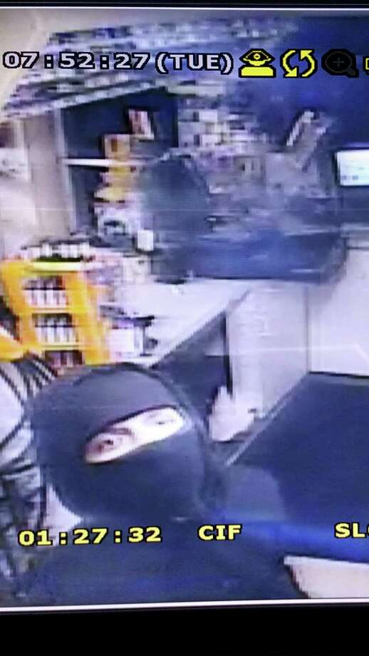 The JD Food Mart-Mobil Station, at 1016 Killingworth Road, Higganum, was broken into early Tuesday morning by a man and a woman, police say. Photo: Courtesy State Police