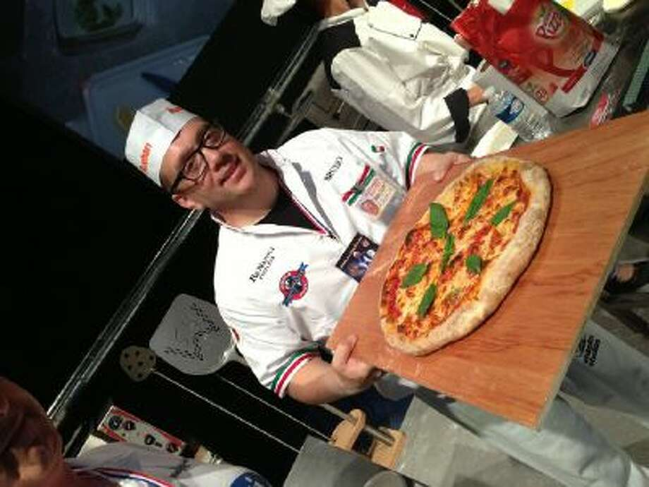 Bruno DiFabio, world pizza champ