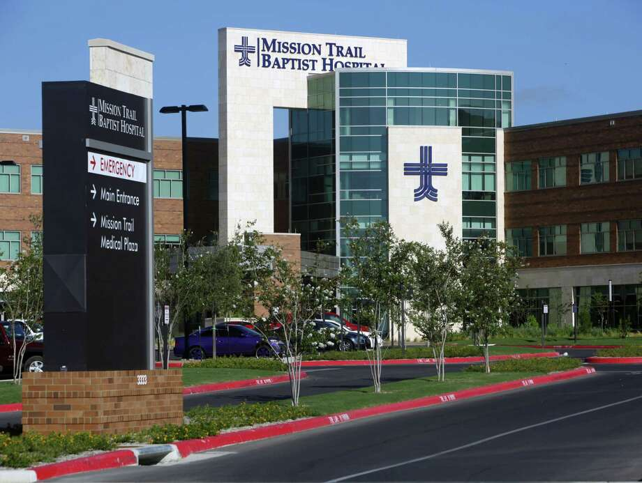 File photo of the Mission Trail Baptist Hospital. San Antonio health officials report the third person to die from complications of COVID-19 in the San Antonio area was treated at the hospital. Photo: File Photo /San Antonio Express-News / 2011 SAN ANTONIO EXPRESS-NEWS