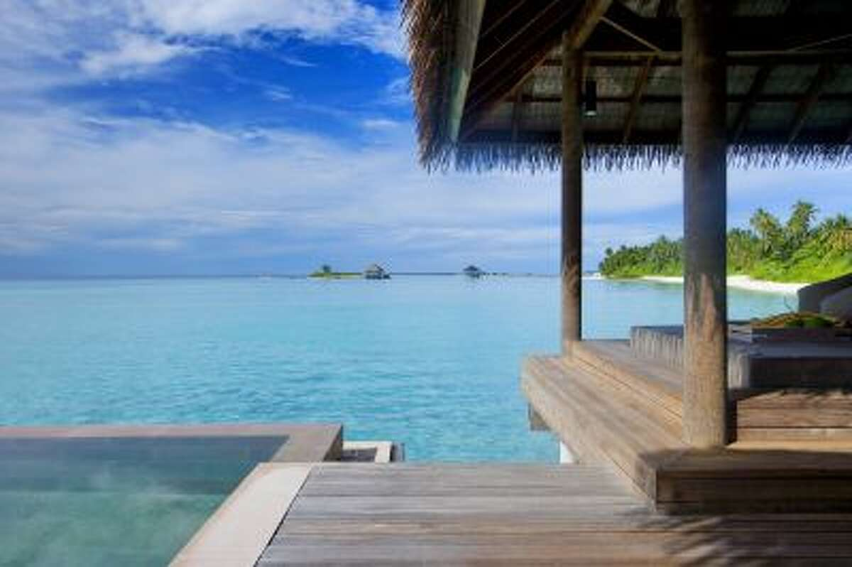 Maalifushi by Como is a new resort located on the Thaa Atoll in the Maldives.