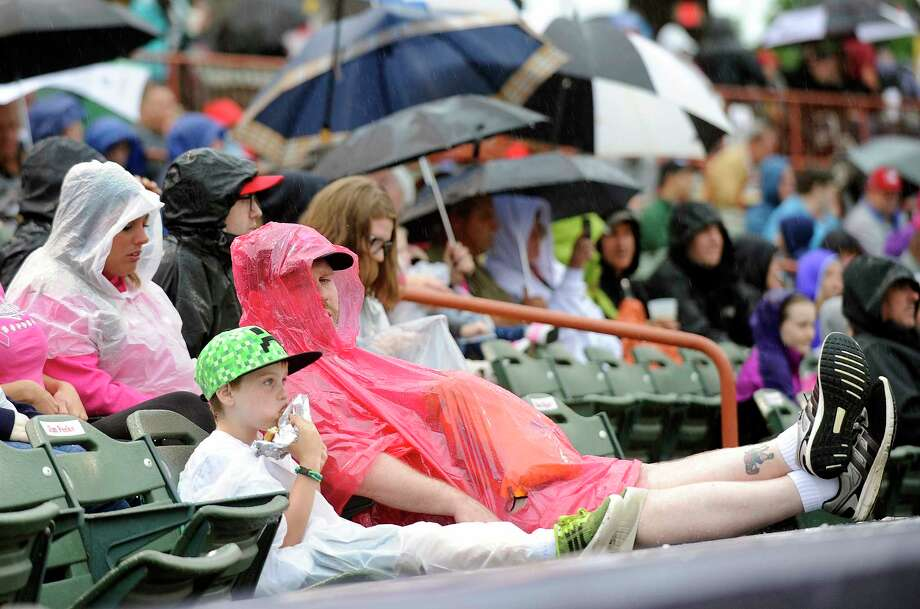 Tans watch the Tri-City ValleyCats play the  Aberdeen Ironbirds during a minor league baseball game on Monday, Aug. 7, 2017, in Troy, N.Y. (Hans Pennink / Special to the Times Union)