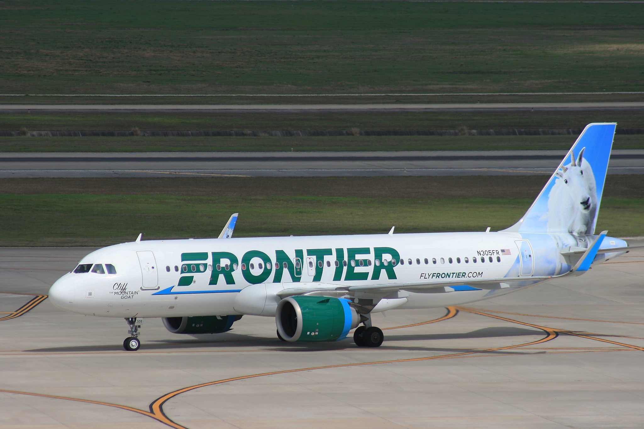 review 5 things to know when flying frontier airlines on the cheap flying frontier airlines