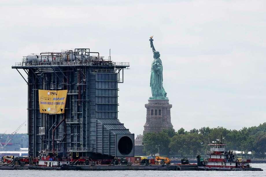 Photos Giant Generator Passes Beyond Lady Liberty Times