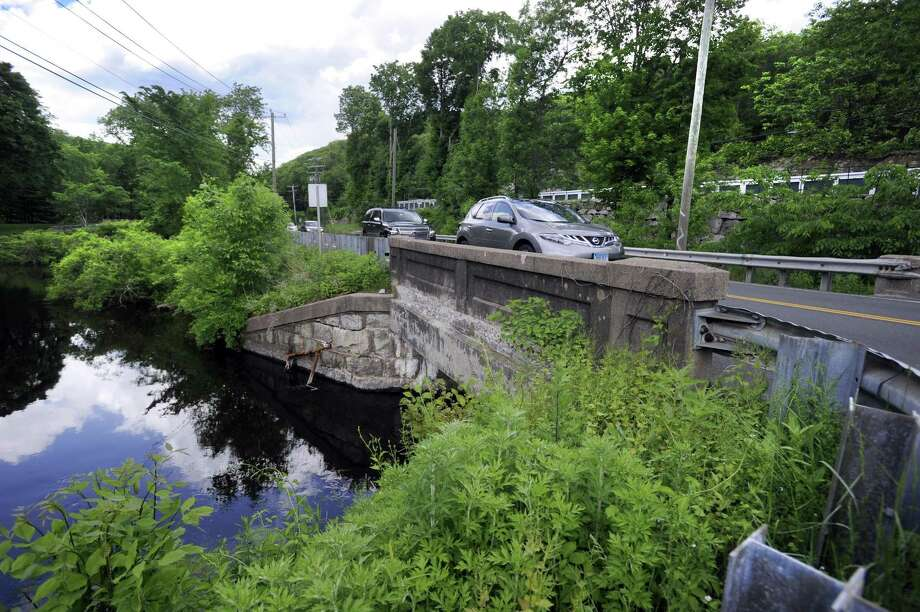 Construction is scheduled to continue next weekend to replace the Route 7 bridge over the Norwalk River in Ridgefield. Photo Friday, June 2, 2017. Photo: Carol Kaliff / Hearst Connecticut Media / The News-Times
