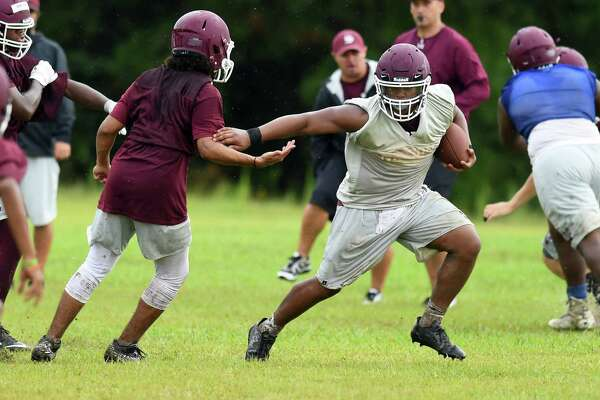 Silsbee's Adonis Thomas breaks past defense with the ball during practice on Tuesday.  Photo taken Tuesday, August 08, 2017  Guiseppe Barranco/The Enterprise