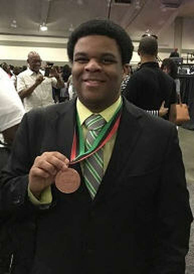 Michael-Princeton Woods who won a bronze medal in Physics at the 39th NAACP ACT-SO nationwide competition on July 23, which was held in conjunction with the 108th NAACP national convention in Baltimore, MD. Photo: NAACP ACT-SO