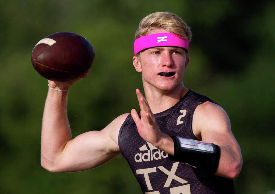 A starting safety last season, The Woodlands senior Quinn Binney got reps at quarterback during 7-on-7 action during the summer and is now part of a three-player competition to see who'll start under center for the Highlanders this season. Photo: Jason Fochtman, Staff Photographer / © 2017 Houston Chronicle