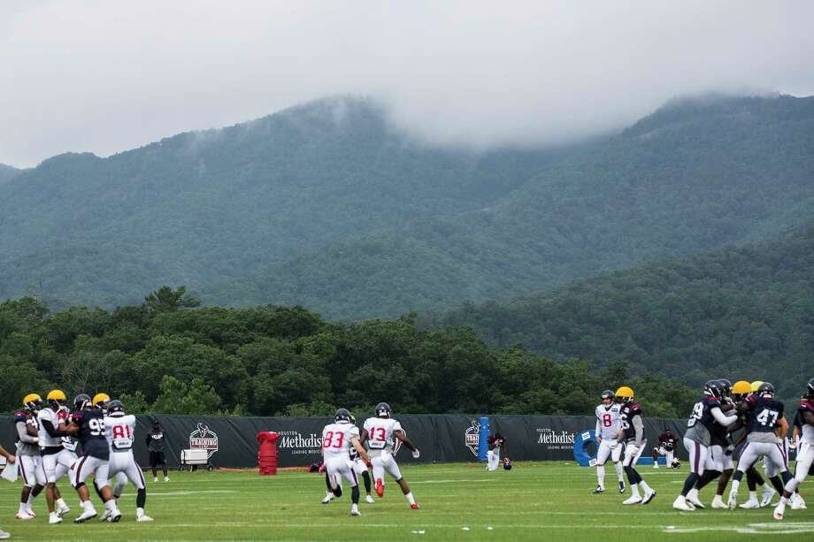 Houston Texans wide receiver Braxton Miller (13) leads  wide receiver Riley McCarron (83) on a punt return during training camp at the Greenbrier on Friday, July 28, 2017, in White Sulphur Springs, W.Va. ( Brett Coomer / Houston Chronicle ) Photo: Brett Coomer, Staff / Internal