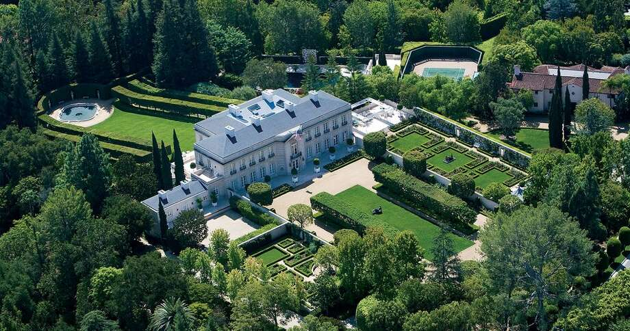 This iconic Bel Air estate is on the market for the first time in 30 years for $350 million. Photo: Hand-out/Coldwell Banker Global Luxury