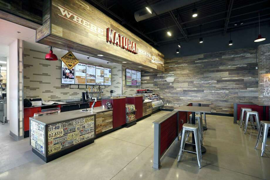 Amid Fierce Competition, H E B Is Offering Shoppers Convenience. Meals At  Its True Texas BBQ