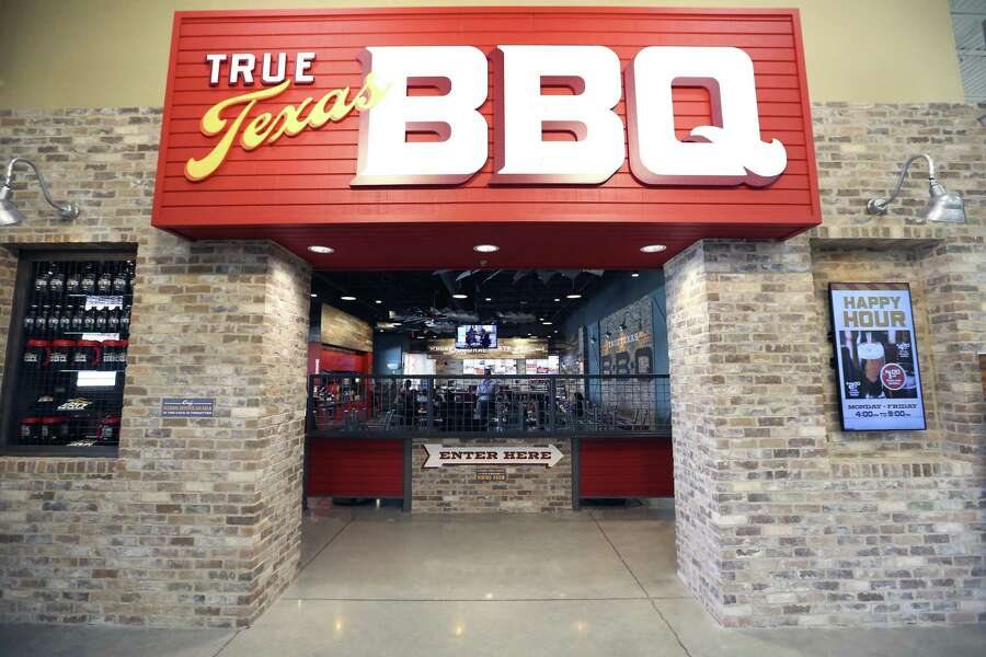If you're fiending for a brisket plate but just don't have time to get out of the car, H-E-B has come to the rescue. The grocer's 118,000-square-foot store in the Bulverde Marketplace shopping center at at 17238 Bulverde Road is now open. The store includes a branch of H-E-B's True Texas BBQ chain of restaurants, and will offer drive-thru service and breakfast tacos. Counter service is available inside the store.Customers can line up daily for breakfast tacos from 6-11 a.m., with lunch and dinner served from 11 a.m. to 9 p.m. More at HEB.com.-- Paul Stephen Photo: Photos By William Luther /San Antonio Express-News / © 2017 San Antonio Express-News