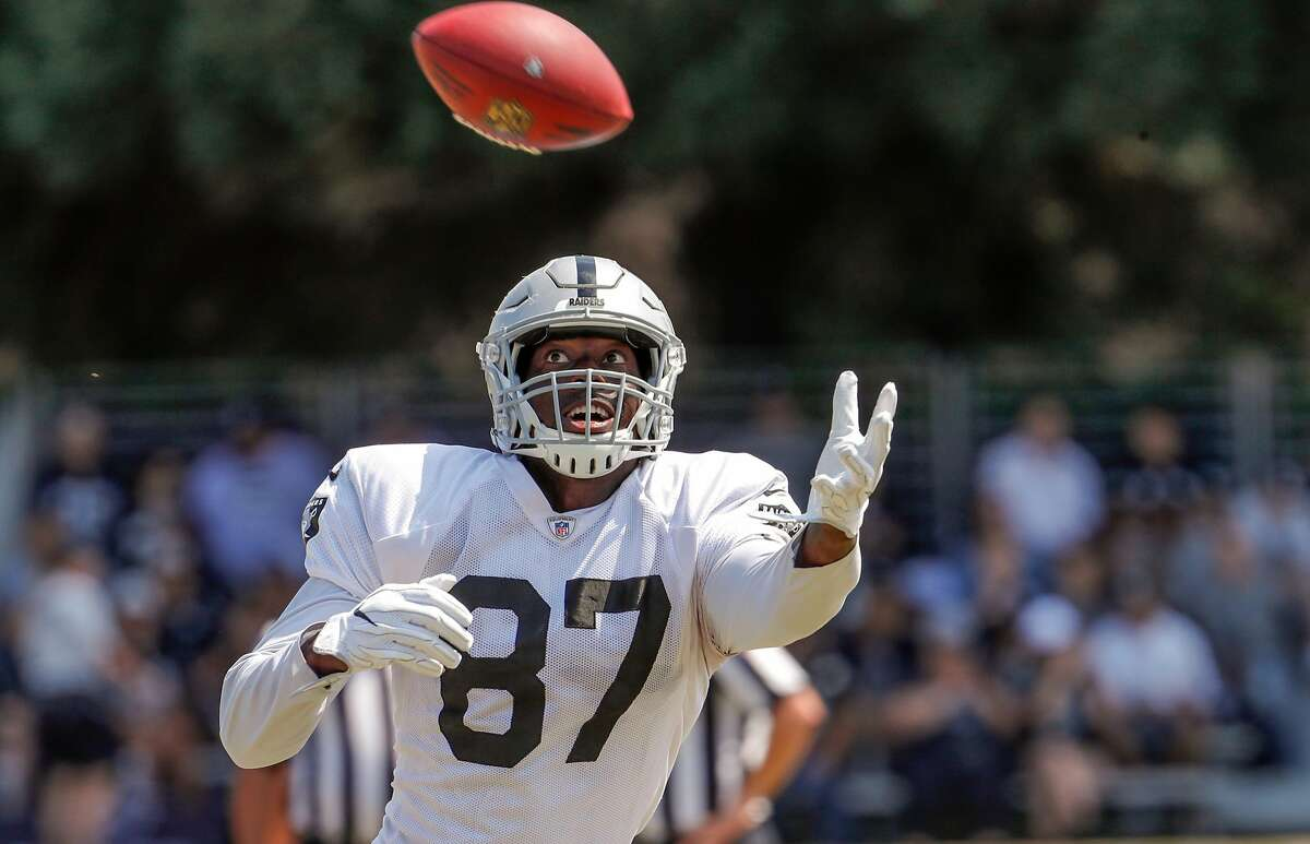 Tight end Jared Cook, 87 runs drills at Oakland Raiders training camp in Napa, Ca., on Wed. August 9, 2017.