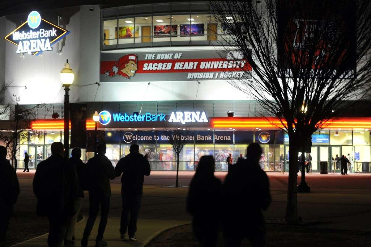 Exterior, Webster Bank Arena in Bridgeport, Conn. Jan. 26, 2017.