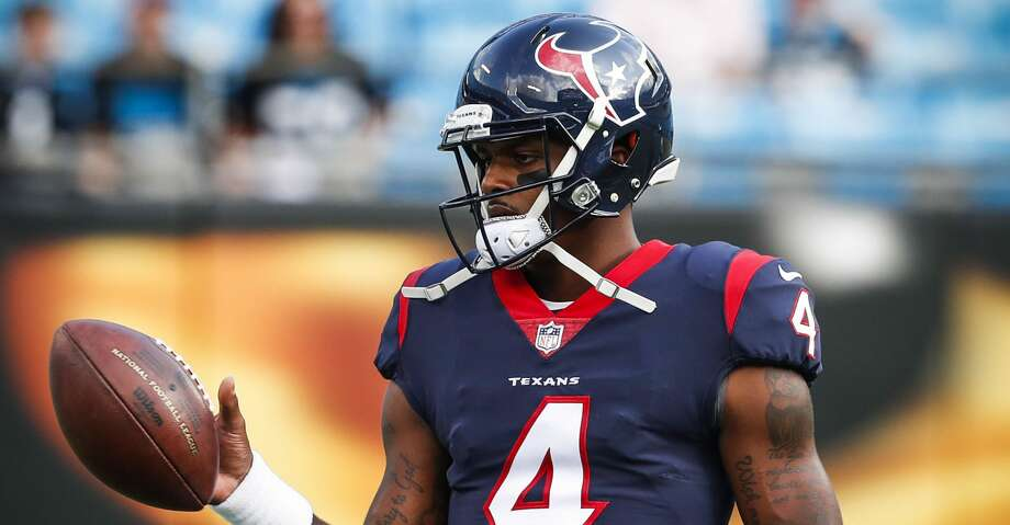Houston Texans quarterback Deshaun Watson (4) warms up before the Texans pre-season football game against the Carolina Panthers at Bank of America Stadium on Wednesday, Aug. 9, 2017, in Charlotte. ( Brett Coomer / Houston Chronicle ) Photo: Brett Coomer/Houston Chronicle