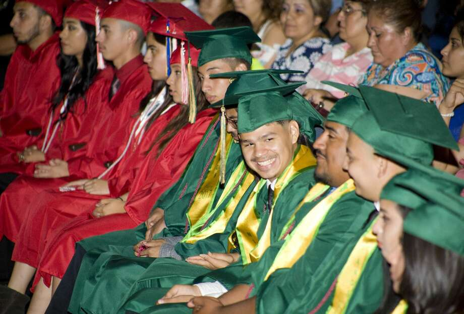 Students from Martin High, Nixon High, and Cigarroa High Schools who completed their high school requirements over the summer participated in graduation ceremonies at the Vidal M. Trevino School of Communications and Fine Arts Auditorium on Wednesday, August 9. Photo: Francisco Vera/LMTonline