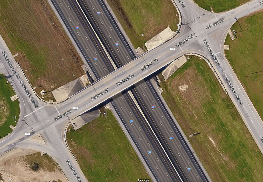 Existing two-lane FM 1103 bridge in Schertz is expanding into a five-lane bridge with turnarounds.  Photo: Photo Google Maps