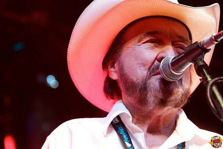 Johnny Bush dusted off a bunch of old songs for his new album. He plays the American Legion Hall in St. Hedwig on Saturday. Photo: Fort Bend County Fair / (cc) 1996 - 2011 giovanni gallucci