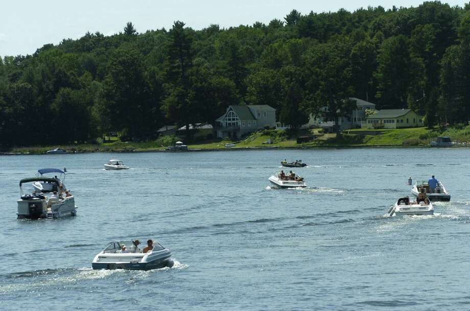 Times Union staff photo by Paul Buckowski ---  Boaters head out to and head in from Saratoga Lake near Fish Creek in the Town of Saratoga. Photo: Paul Buckowski / Albany Times Union