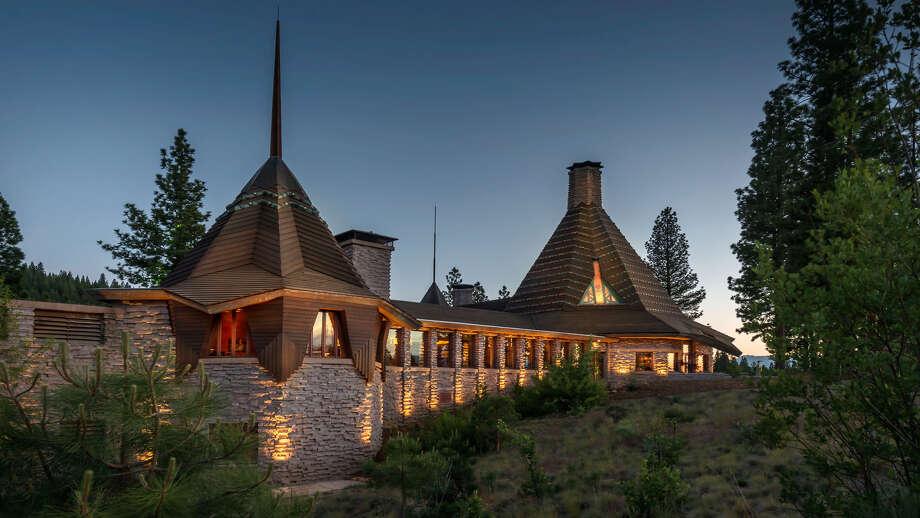 Sponsored by Nakoma Resort Photo: Sponsored By Nakoma Resort