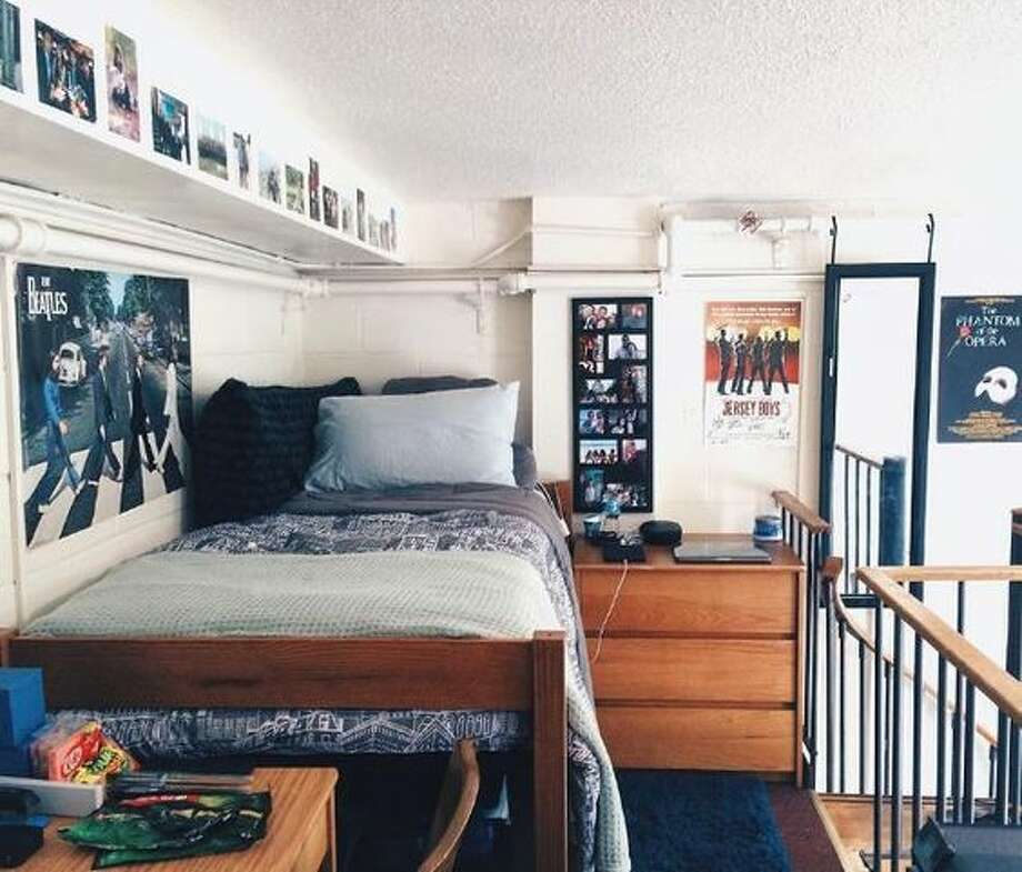 Dorm room decor inspiration for your #dormroomgoals ...