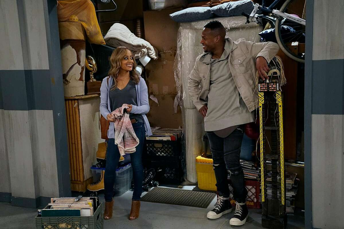 """MARLON -- """"Cleaning Out The Closet"""" Episode 108 -- Pictured: (l-r) Essence Atkins as Ashley, Marlon Wayans as Marlon -- (Photo by: Greg Gayne/NBC)NUP_176477_0604.JPGWednesday, August 16 on NBC (9:30-10 p.m. ET)Episodic"""