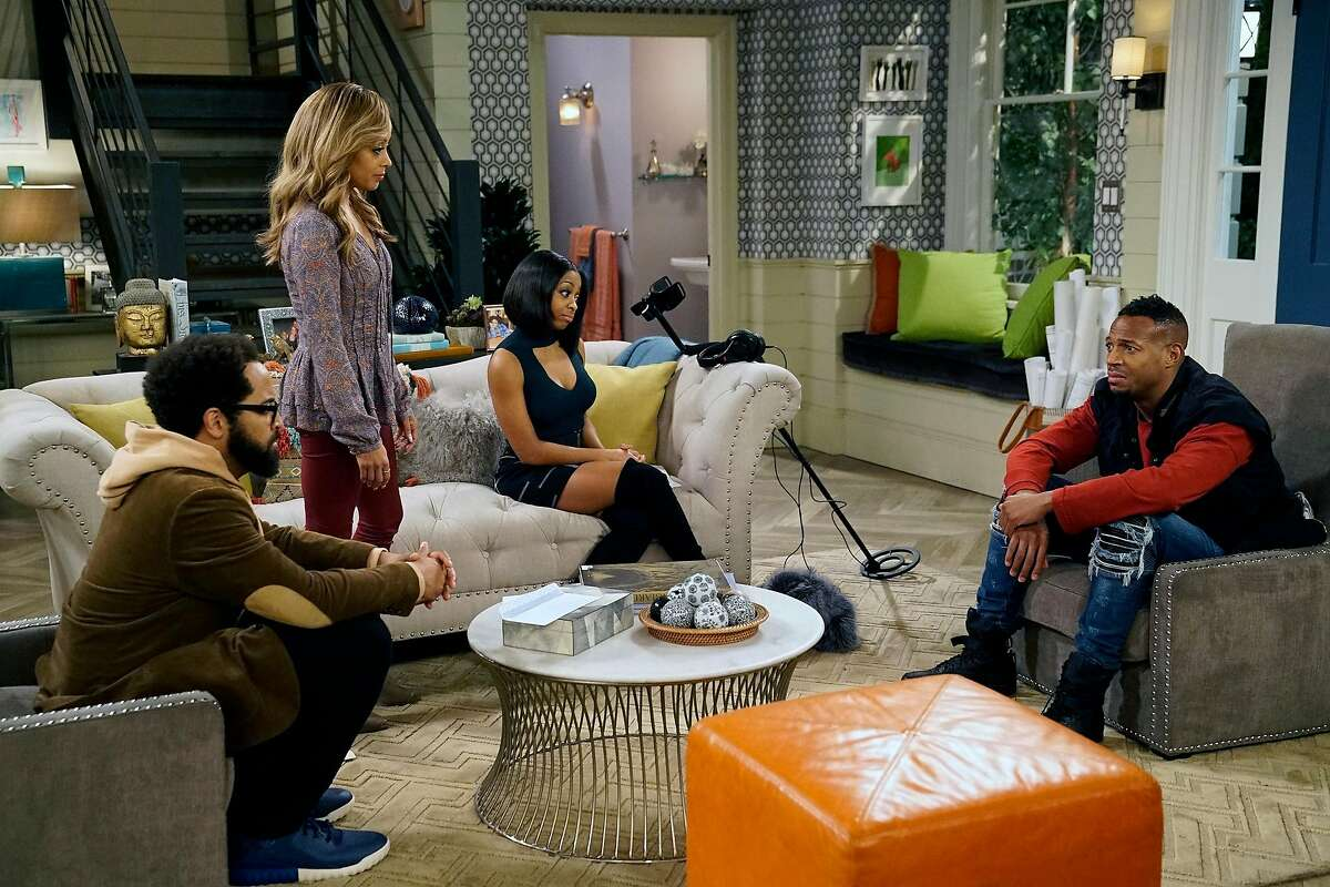 """MARLON -- """"Cleaning Out The Closet"""" Episode 108 -- Pictured: (l-r) Diallo Riddle as Stevie, Essence Atkins as Ashley, Marlon Wayans as Marlon, Bresha Webb as Yvette -- (Photo by: Greg Gayne/NBC)NUP_176477_0505.JPGWednesday, August 16 on NBC (9:30-10 p.m. ET)EpisodicPosted: August 2, 20172017 NBCUniversal Media, LLC"""