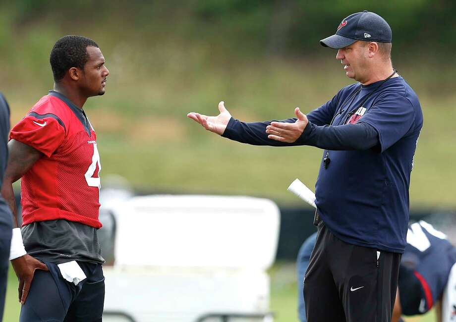 Houston Texans head coach Bill O'Brien, right, talks to quarterback Deshaun Watson (4) during training camp at The Greenbrier on Friday, Aug. 11, 2017, in White Sulphur Springs, W.Va. Photo: Brett Coomer, Houston Chronicle / © 2017 Houston Chronicle}
